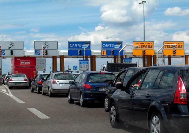 Autostrade: via libera Pe a telepedaggio unico Ue