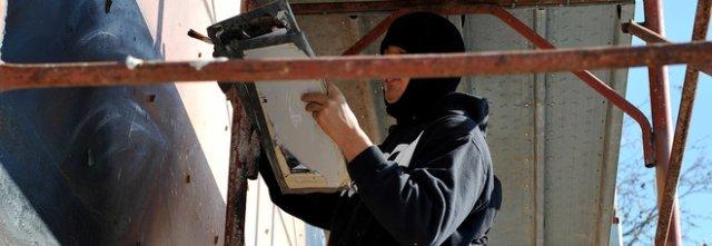 Jorit, graffiti di «resistenza»: maxi ritratto del partigiano Martelli