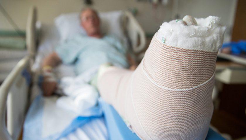 Sanità: al Ruggi arriva l'ortogeriatra