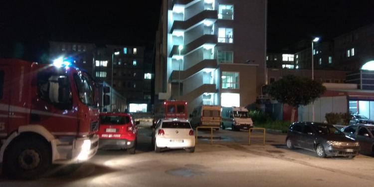 Fiamme all'ospedale di Nocera Inferiore