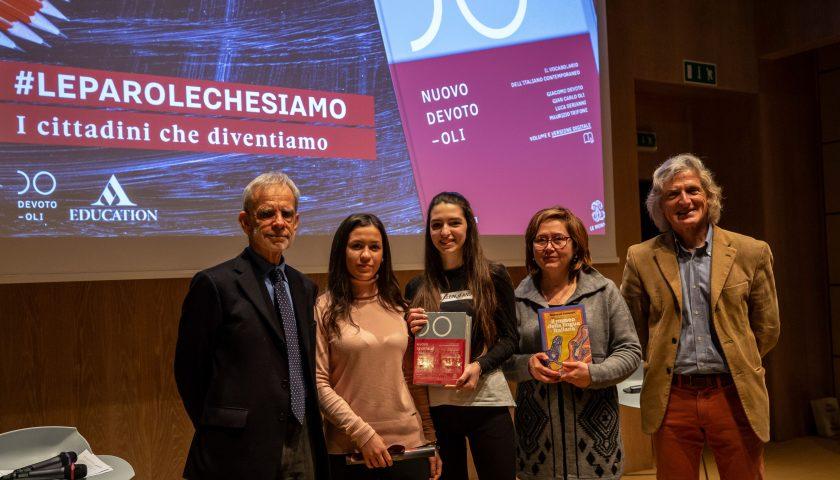 """Concorso """"#leparolechesiamo, i cittadini che diventiamo"""": a Milano premiati i ragazzi della IV B dell'Istituto Superiore IPSAR """"Piranesi"""" di Capaccio Paestum"""