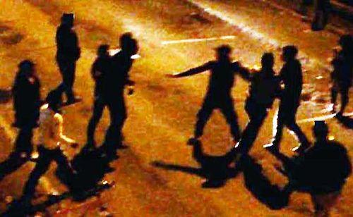 Salerno: corsa folle in strada, danni e mega rissa in città