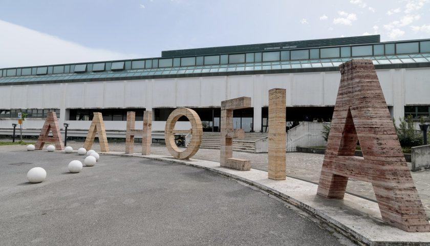 Aggressione al vigile ad Agropoli, dopo due mesi arriva il divieto di dimora e l'obbligo di firma per l'ex pugile