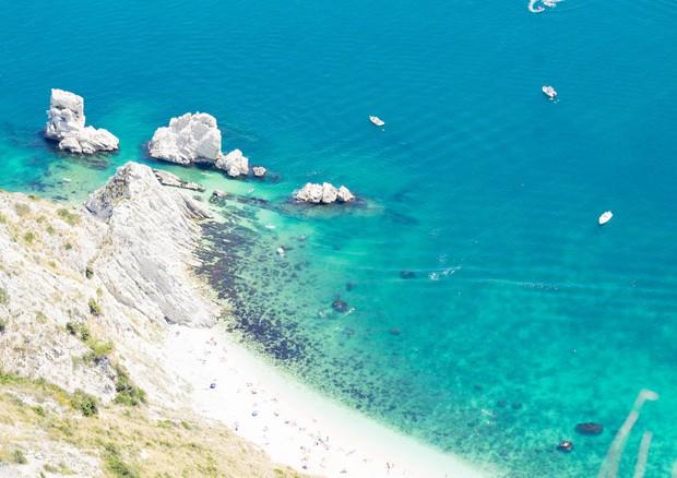 Da Sirolo ad Auronzo, ecco le 15 spiagge più belle d'Italia