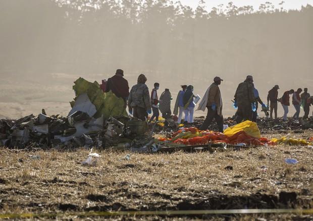 Etiopia, si schianta un aereo dell'Ethiopian Airlines: 8 italiani tra i 157 morti
