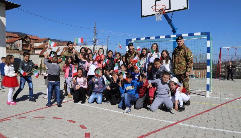 Kosovo: inaugurati dai militari dell'8° Pasubio di Persano due progetti CIMIC in due scuole