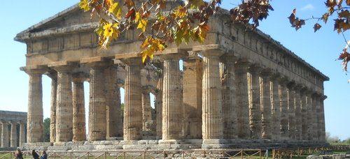 Paestum, via ai nuovi scavi  nella «Casa dei Sacerdoti»