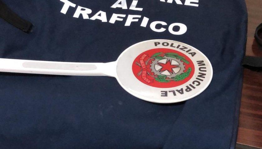 Si spaccia per appartenente delle forze dell'ordine per fare sesso con una prostituta: arrestato dai Carabinieri