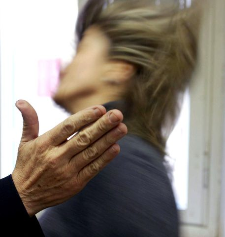 Violenza sessuale sulla moglie, 40enne condannato a tre anni