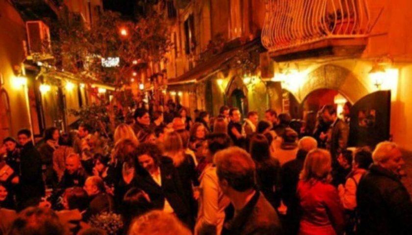 Salerno: movida chiassosa nel weekend, scatta il verbale