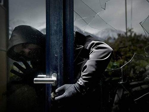 Mercato San Severino, ladro di appartamenti finisce a processo dopo 10 anni