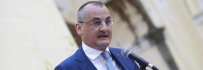 Sindaco arrestato a Eboli, il prefetto di Salerno sospende Massimo Cariello