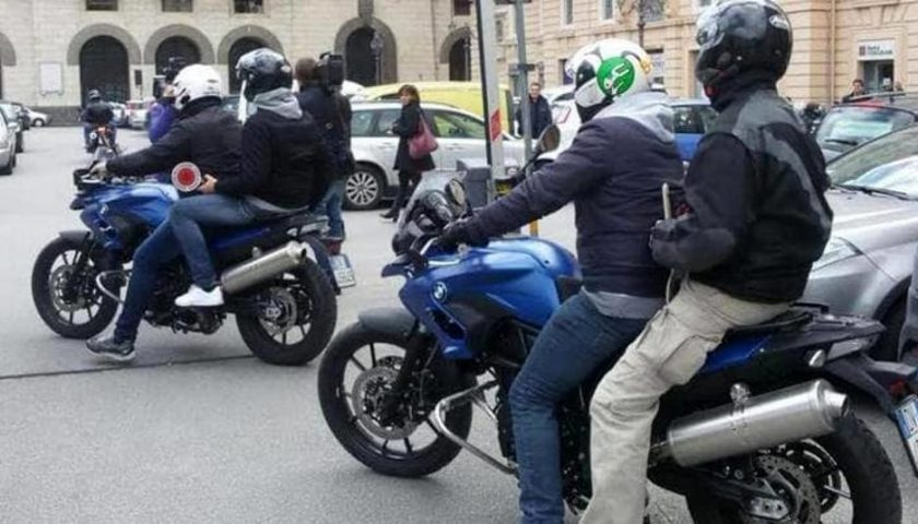 Salerno: rapina gioielleria ma viene arrestato subito dai Falchi della Polizia