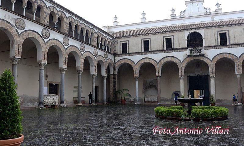 Duomo di Salerno aperto 6 ore al giorno, si entra con mascherine e guanti