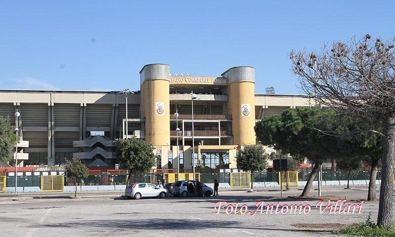 Tenta di entrare allo stadio Arechi nonostante su di lui pendesse unDaspo, arrestato tifoso della Salernitana