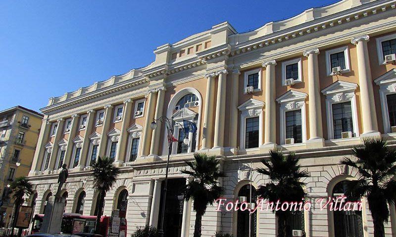 """Istanza di 13 consiglieri per la destinazione ad """"uso esclusivamente pubblico""""  dell'edificio dell'exPalazzo di Giustizia di Salerno"""