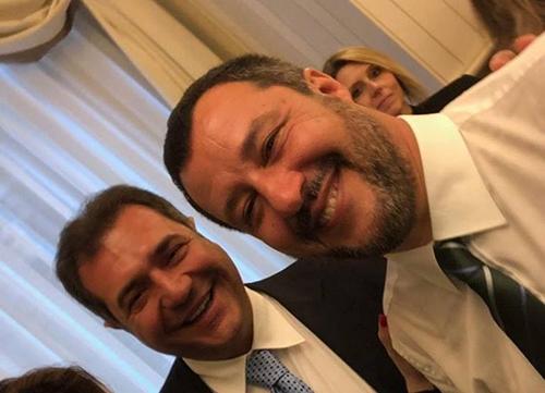 Anche l'ex sindaco di Pontecagnano Ernesto Sica al compleanno del leader della Lega Matteo Salvini