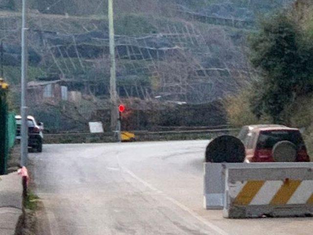 Strada Tramonti-Maiori, apertura allargata a 19 ore: si transiterà dalle 6 alle 01