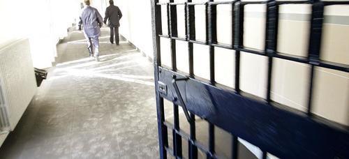Botte in carcere a Fuorni tra detenuti, ecco le condanne