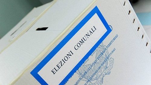 Elezioni in Campania, è fuga dalle urne: alle 12 il dato più basso è a Napoli