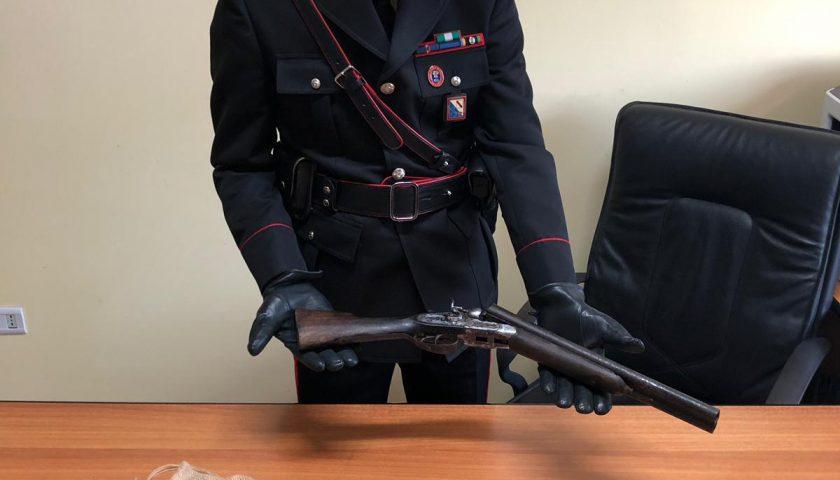Montecorvino Rovella: arrestato operaio in possesso di un fucile a canne mozze non dichiarato