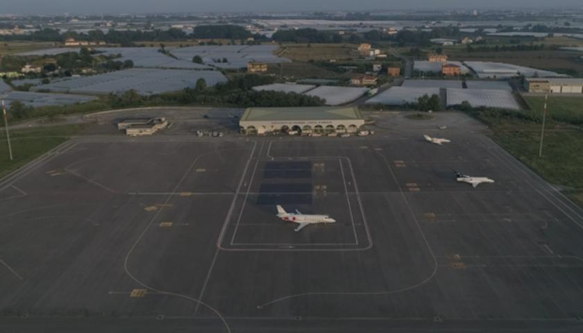 Aeroporto di Salerno, la guerra politica che blocca l'operazione rilancio