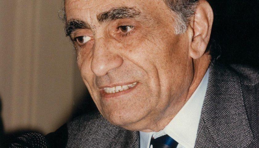 Da domani a Salerno una strada porterà il nome di Antonio Pastore, presidente della Camera di Commercio dal 1982 al 2000