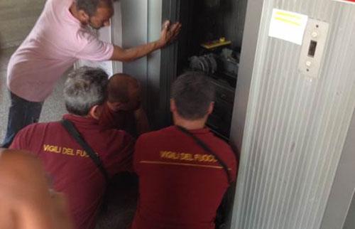 Ancora black out elettrici nel centro di Salerno, numerosi disagi