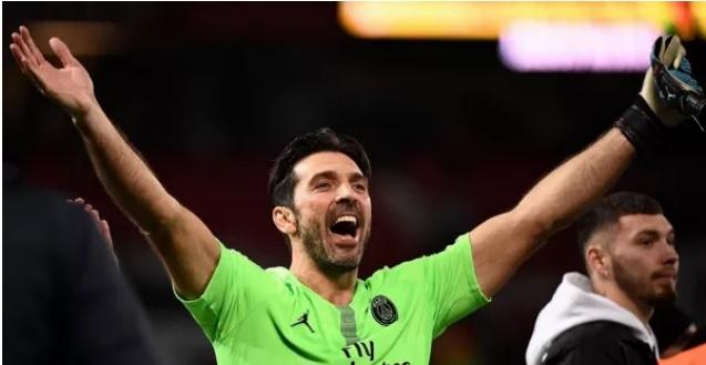 Gigi Buffon nella leggenda: nuovo storico record