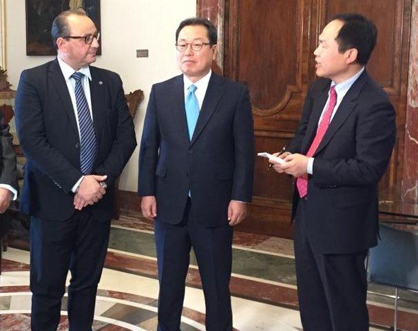 Delegazione coreana della città Namyangju a Palazzo Sant'Agostino