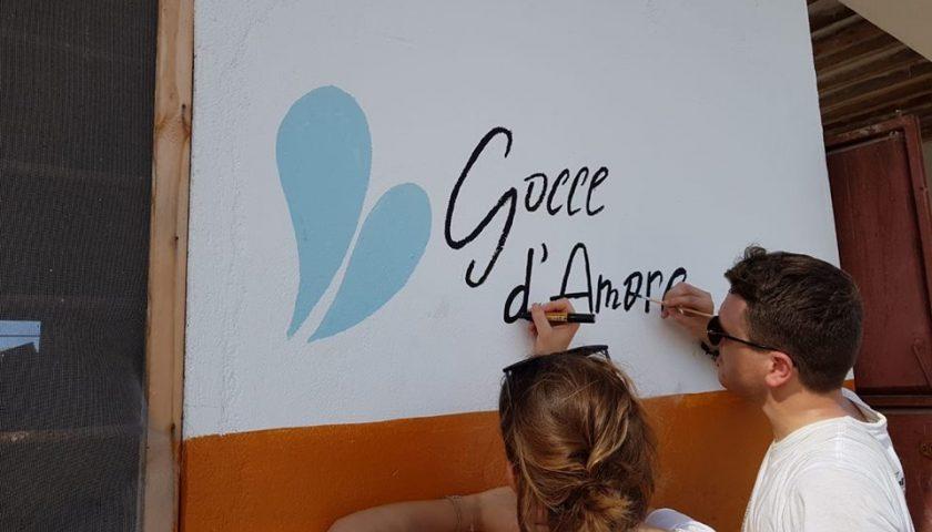 """Gocce d'Amore-Overline: da Salerno per """"regalare"""" colore agli asili di Zanzibar"""