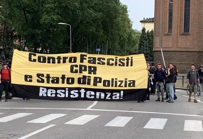 Corteo anti-Cpr a Modena: centro imbrattato, attivisti anche da Salerno
