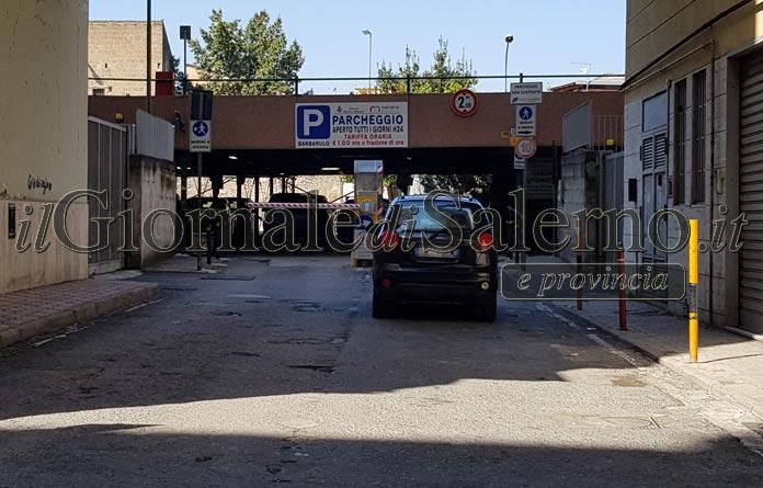 Nocera Inferiore: parcheggio a mezzo servizio da due mesi, utenti in coda