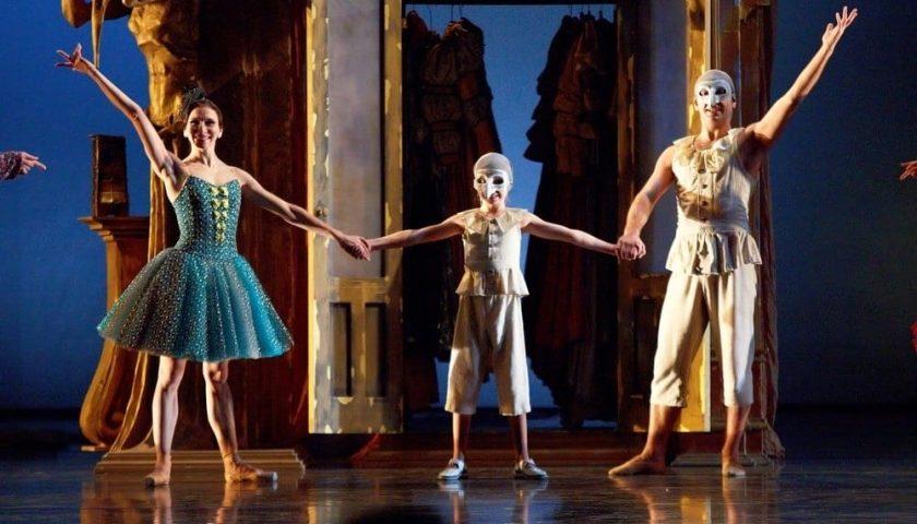 Il teatro Verdi di Salerno ospita il balletto Pulcinella di Stravinskij