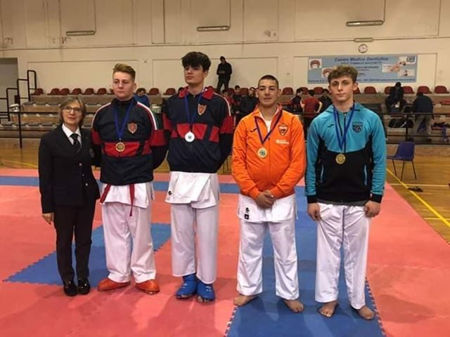 Campionati regionali di karate: il bellizzese Petito conquista il terzo posto