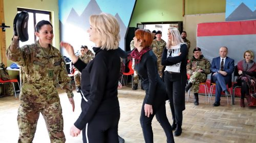 Missione in Kosovo: corso di difesa personale rivolto alle donne