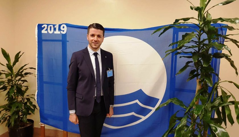 Ventuno anni in blu: Castellabate conquista ancora la bandiera FEE