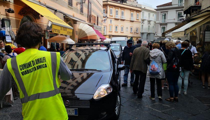 Amalfi: ausiliari del traffico in servizio anche nel centro storico