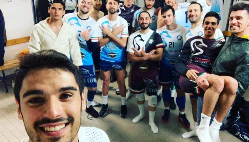 """Indomita-Marcianise 3-2, biancoblu ritrovano successo casalingo. Coach Vitale e l'atleta Fabio Manzo: """"Ora testa al derby"""""""
