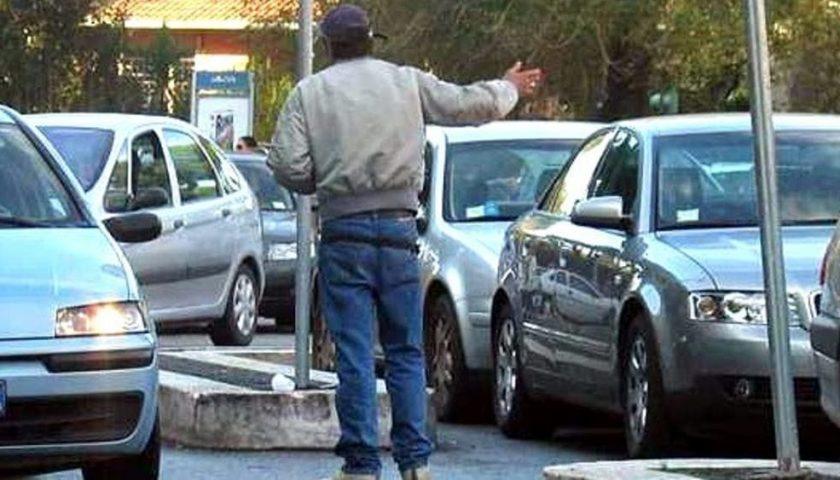 """Agropoli, molestava gli automobilisti: arrestato. Il sindaco Coppola: """"Garantiamo sicurezza"""""""