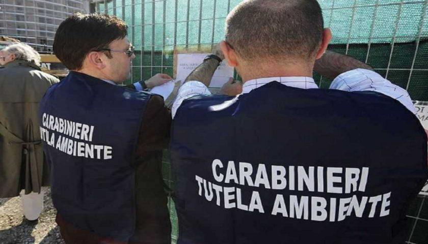 Rifiuti speciali pericolosi, sequestro dei locali comunali a Santa Marina: 2 indagati