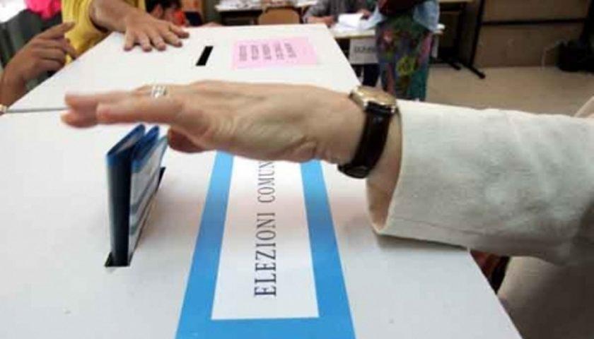 Elezioni Europee e Comunali, seggi aperti fino alle 23