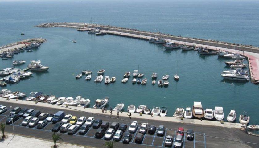 Reti da pesca abusive, sigilli e multe al porto San Nicola di Montecorice
