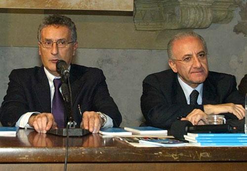 De Luca soddisfatto per l'elezione di Roberti a Bruxelles. E manda un pensiero a Salvini…