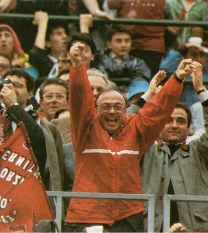 L'incoraggiamento di Gerardo Soglia ai giocatori della Salernitana pensando a papà Peppino