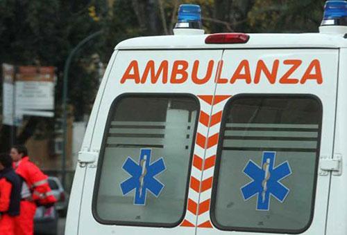 Resta incastrato sotto un macchinario, gamba amputata per un 56enne di Sanza