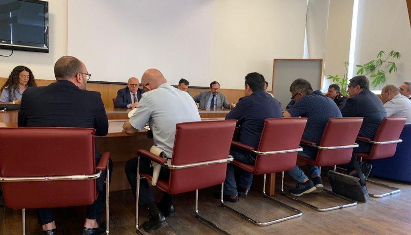Ordinanza anti-smog per i mezzi pesanti nell'Agro Nocerino: raggiunta stamane in Prefettura l'intesa generale tra i comuni