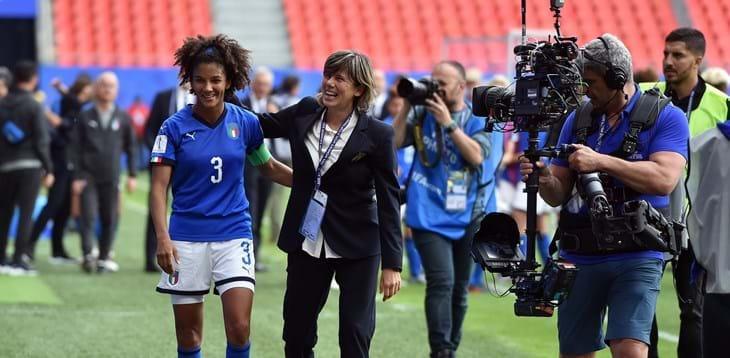 Calcio femminile: Quanto fascino Italia-Brasile, in palio il primato del girone