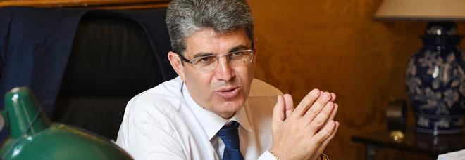 Dirigente comunale picchiato, il sindaco di Cava de' Tirreni chiede i danni