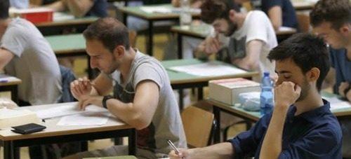 Maturità da record a Salerno: uno studente su dieci prende 100